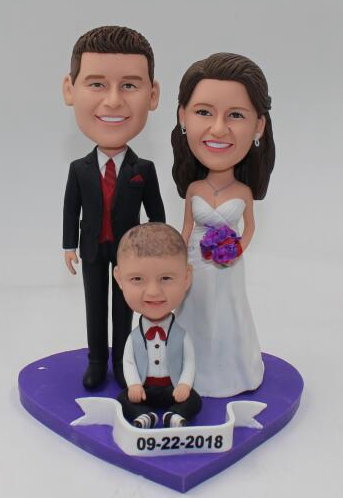 Custom Custom cake topper family of three