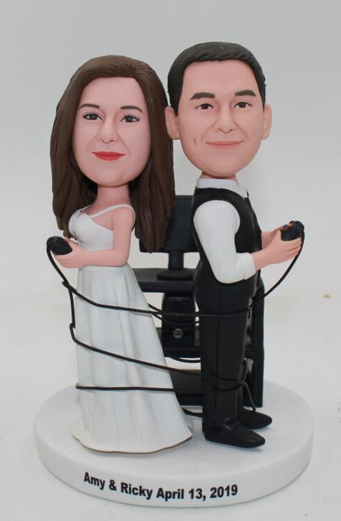 Custom Custom cake topper playing Xbox game